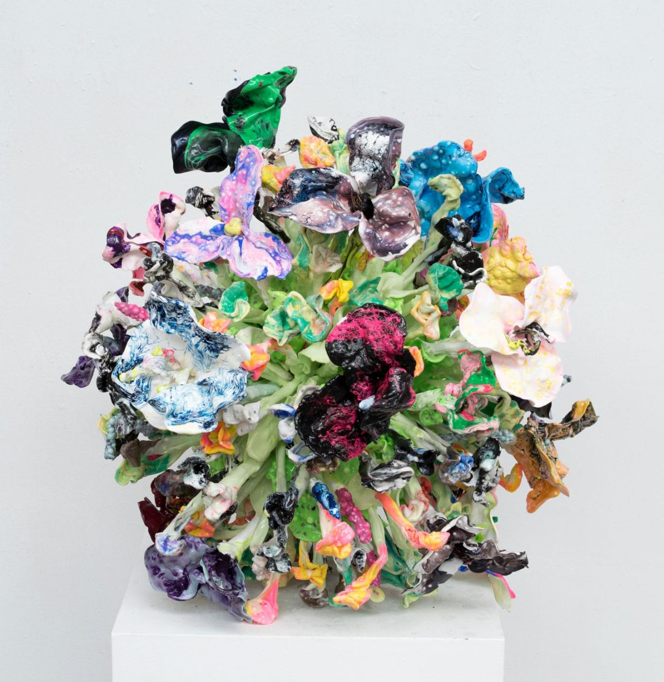 Oil-Plastic-Sculptures-by-Stefan-Gross-Yellowtrace-05